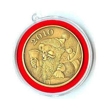 Christmas 2010 Bronze Round X-9 Santa (with ornament holder)
