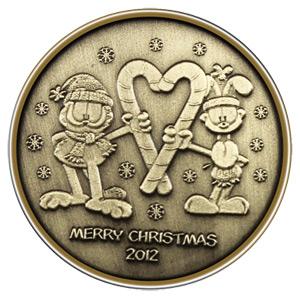 Christmas 2012 Bronze Round Garfield (with ornament holder)